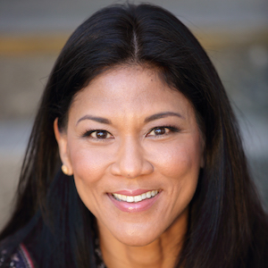 Donna Klinge,                     Agent in San Diego - Compass