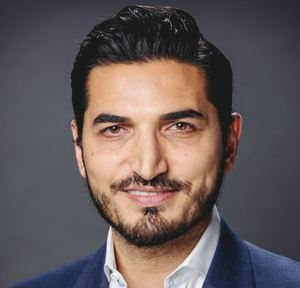 Ali Fallahassady,                       Agent in Los Angeles - Compass