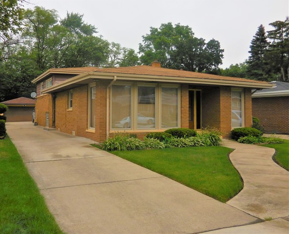 119 East 144th Court Harvey, IL 60426