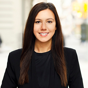 Samantha Kartanowicz,                       Agent in NYC - Compass