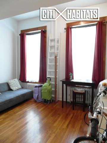 304 West 30th Street, Unit 5 Image #1