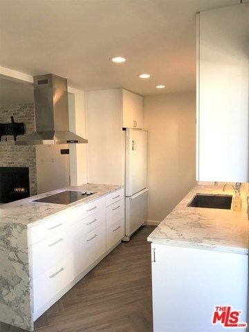 1130 9th Street, Unit 5 Santa Monica, CA 90403