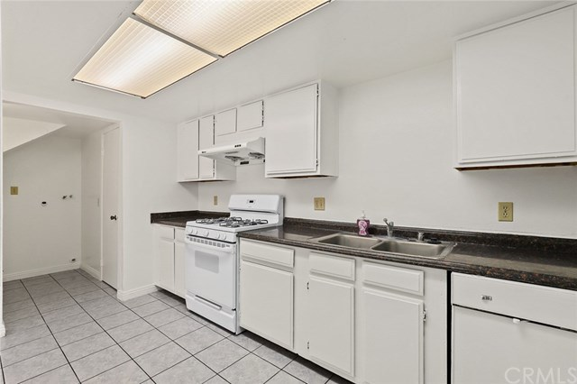 335 New Avenue, Unit D Monterey Park, CA 91755