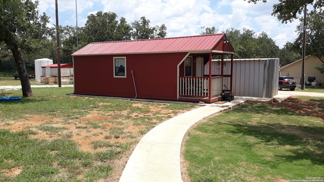 310 Sleepy Meadows Nixon, TX 78140