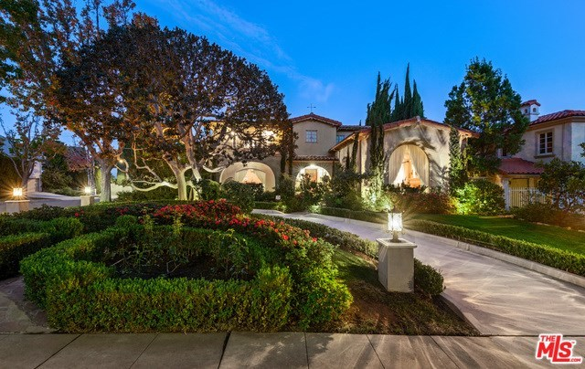 524 North Arden Drive Beverly Hills, CA 90210