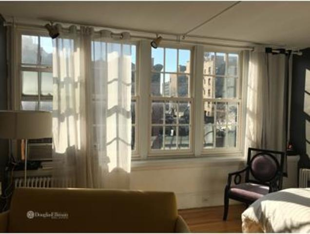 39 West 8th Street, Unit 3A Image #1