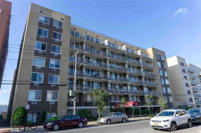 650 Shore Road, Unit 1T Long Beach, NY 11561