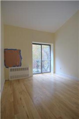 321 East 22nd Street, Unit 1P Image #1