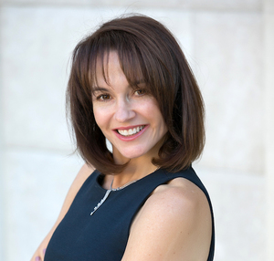 Nicole Howard,                       Agent in Los Angeles - Compass