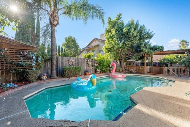 9114 Drakes Bay Court Elk Grove, CA 95758