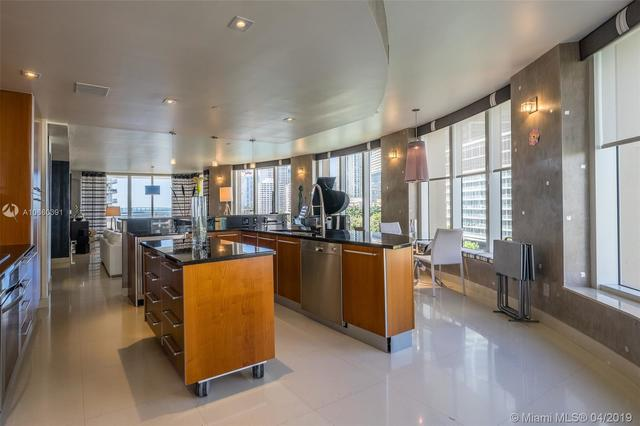 901 Brickell Key Boulevard, Unit 704 Miami, FL 33131