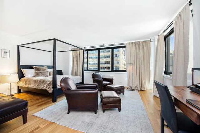 515 East 72nd Street, Unit 11E Image #1