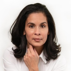 Elizabeth Santos, Agent in Greater Boston - Compass