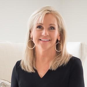 Jennifer Miller,                       Agent in Dallas-Fort Worth - Compass