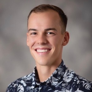 Anis Bel, Agent in Hawaii - Compass
