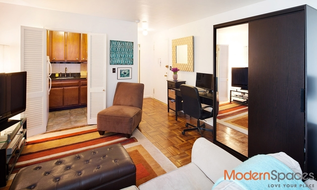 301 East 22nd Street, Unit 3C Image #1