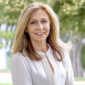 Laura Pardini,                     Agent in Los Angeles - Compass