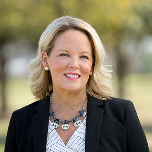 Jennifer Jones, Agent in Austin - Compass