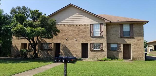7808 Ashe Court Fort Worth, TX 76112