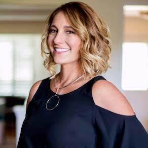 Jennifer Block,                       Agent in Dallas-Fort Worth - Compass