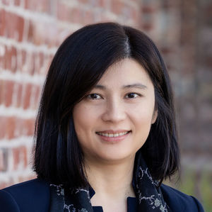 Headshot of Claudia Cheng