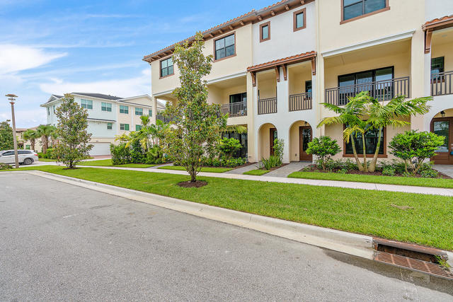5412 Watts Terrace Palm Beach Gardens, FL 33418