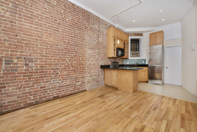 331 East 92nd Street, Unit D1 Image #1