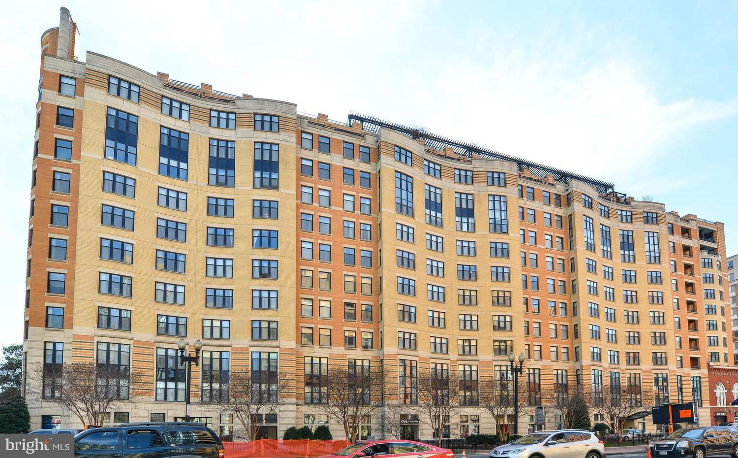 400 Massachusetts Avenue Northwest, Unit 909 Washington, DC 20001