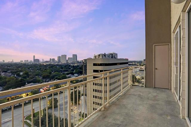 2520 Robinhood Street, Unit 1205 Houston, TX 77005