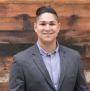 Chris Vargas,                     Agent in Los Angeles - Compass