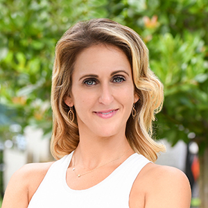 Alexis Henann,                       Agent in Miami - Compass