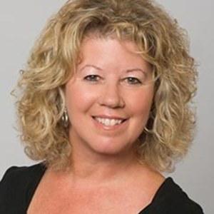 Sandra Cox,                     Agent in San Francisco - Compass