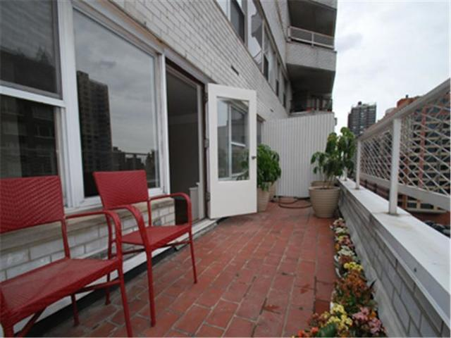 155 East 34th Street, Unit 16K Image #1