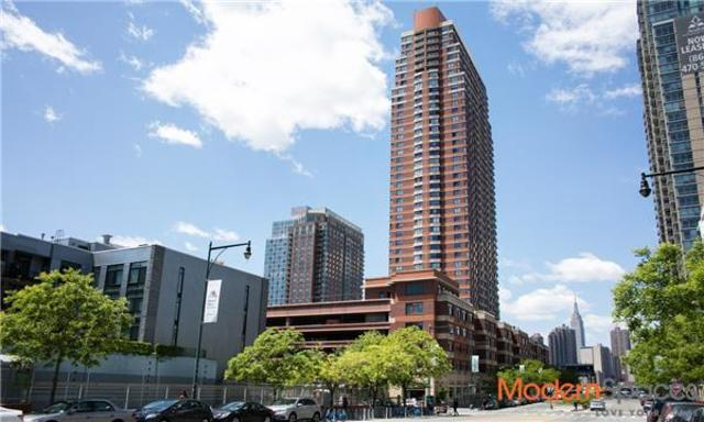4-74 48th Avenue, Unit 33G Image #1