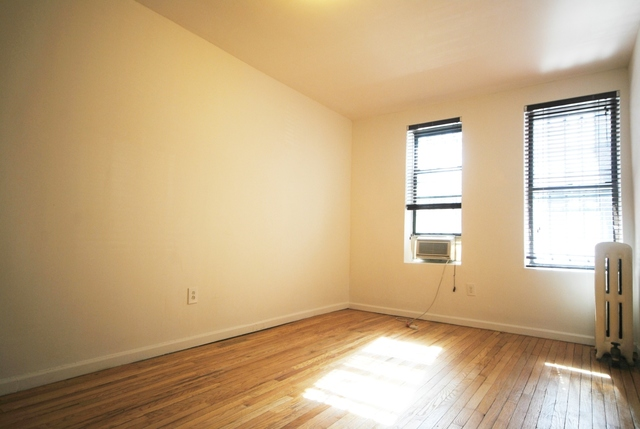 341 West 45th Street, Unit 592 Image #1
