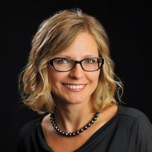 Oksana Belov, Agent in Austin - Compass