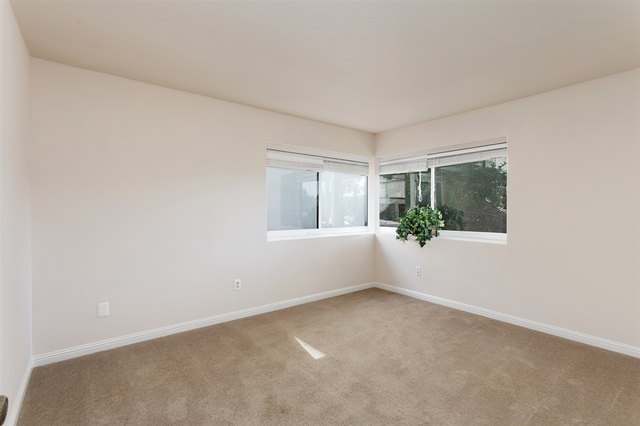 2000 South Escondido Boulevard, Unit 23 Escondido, CA 92025