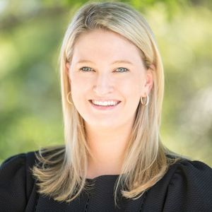 Emily Vidor Porter, Agent in Houston - Compass