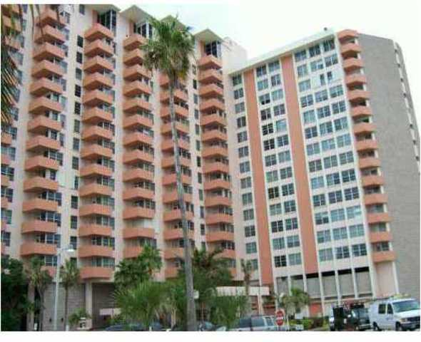 2899 Collins Avenue, Unit 1146 Image #1