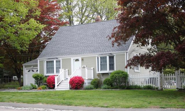 946 High Street Fairfield, CT 06824