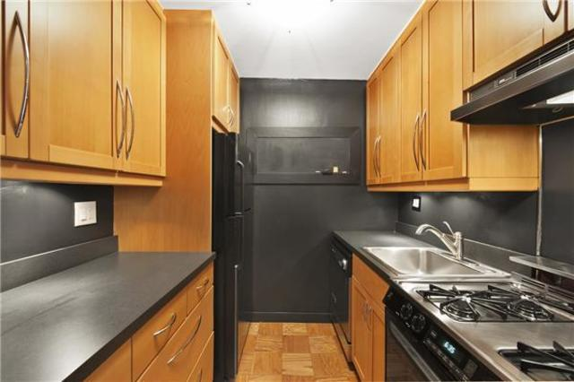200 East 24th Street, Unit 1805 Image #1