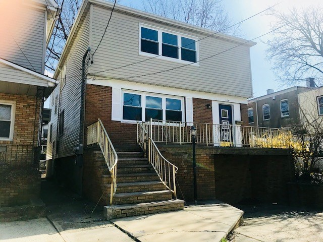 30 Latourette Place, Unit 2 Bayonne, NJ 07002