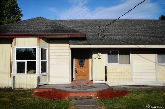 412 West 3rd Street Everson, WA 98276