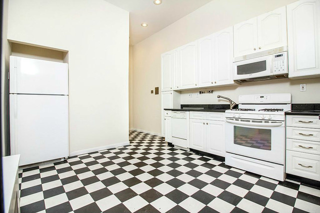 500-5 East 84th Street, Unit 1A Image #1