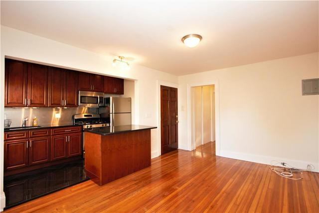 137 Hoyt Street, Unit 3 Image #1