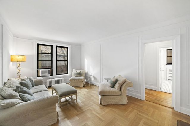 240 West 75th Street, Unit 4D Manhattan, NY 10023
