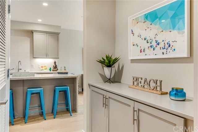 1920 South Pacific Coast Highway, Unit 205 Redondo Beach, CA 90277
