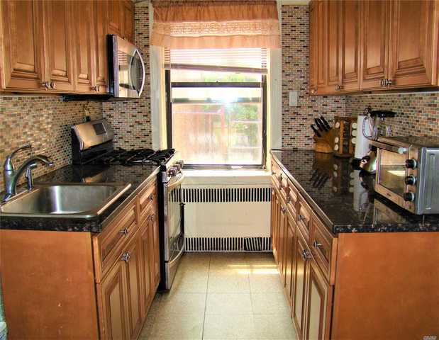 35-50 82nd Street, Unit 2C Queens, NY 11372