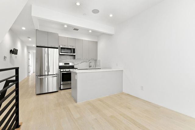 165 East 107th Street, Unit 1 Manhattan, NY 10029
