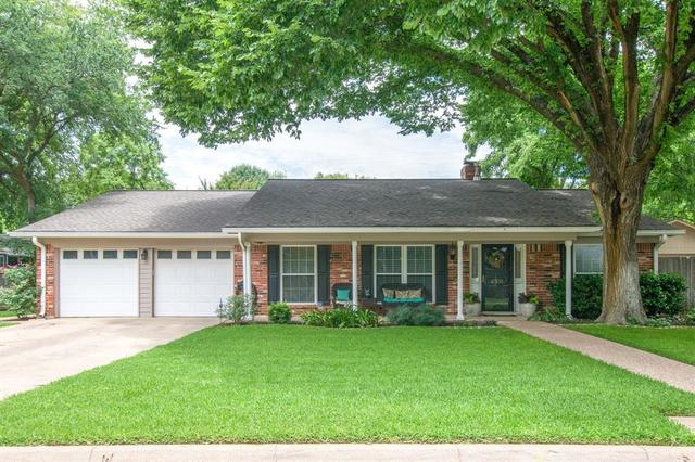 4305 Churchwood Drive Arlington, TX 76016